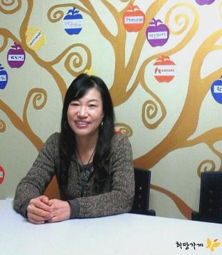 미혼모는 한부모지원에서도 서러워 - 한국미혼모지원네트워크 허난영 국장